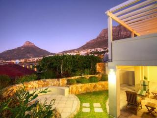 4 bedroom House with Deck in Camps Bay - Camps Bay vacation rentals