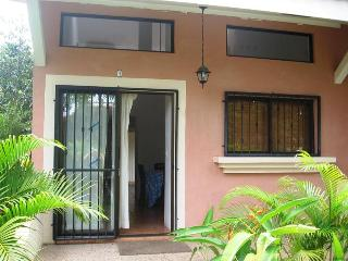 Valle Escondido, fun loft style condo close to the beach - Playas del Coco vacation rentals