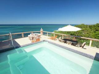 Beautiful Luxury Villas - West End Beachfront - West End vacation rentals