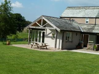 BECKWOOD, Troutbeck, Nr Ullswater - - Troutbeck vacation rentals