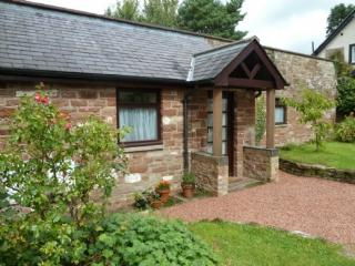CHERRY TREE COTTAGE, Hayton, Nr Carlisle - Northumberland vacation rentals