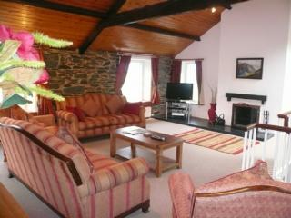 COOMBE COTTAGE, Borrowdale Valley, Nr Keswick - Borrowdale vacation rentals