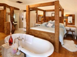 ETHEL'S ESCAPE, Fangfoss, Nr York - - East Riding of Yorkshire vacation rentals