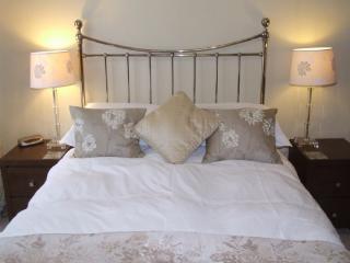 GARDEN COTTAGE Fieldside Grange, Keswick - - Keswick vacation rentals
