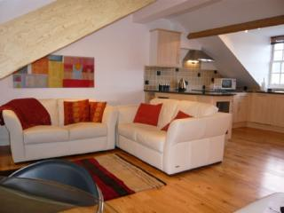 SKIDDAW VIEW, Chaucer House, Keswick - - Lake District vacation rentals