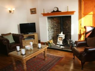 CARTERS COTTAGE, Sedgwick, Nr Kendal - - Sedgwick vacation rentals