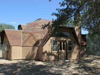 Yosemite Dome Home - Secluded, peaceful & scenic! - Yosemite National Park vacation rentals