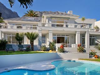 Perfect House with Deck and Internet Access - Camps Bay vacation rentals