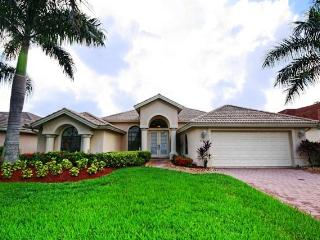 Nice 4 bedroom House in Naples with A/C - Naples vacation rentals