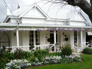 The Hollies Luxury Accommodation and B&B - Perth - Perth vacation rentals