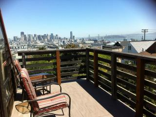 San Francisco Apartment w/Skyline and Bay Views. - San Francisco vacation rentals