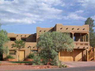 2 Luxurious Private Suites at Red Rock Crossing - Sedona vacation rentals