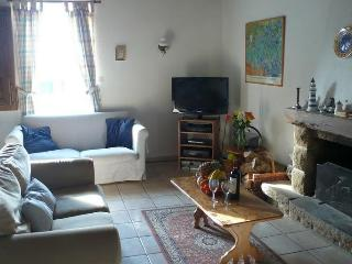 Cozy 2 bedroom House in Tremblay with Internet Access - Tremblay vacation rentals