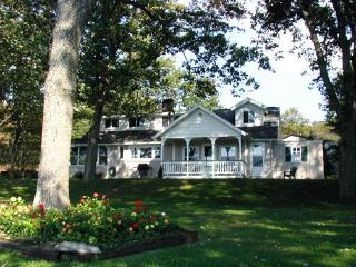 Charming Lakefront Cottage - Pennsylvania vacation rentals