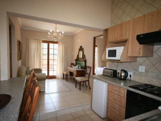 2 Bedroomed Self-catering , Fourways, Sandton, JHB - City Deep vacation rentals
