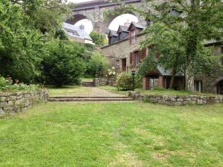 Luxury property situated at Dinan port. D003 - Lanvallay vacation rentals