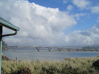 Baywatch  R413 Waldport Oregon Vacation rental  Alsea Bay Bridge views - Waldport vacation rentals