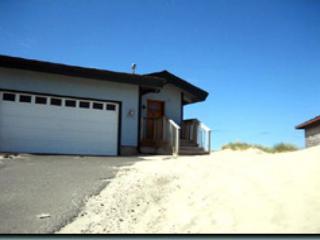 Floering House-R527 Waldport Oregon ocean front vacation rental - Waldport vacation rentals