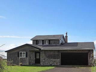 Sandpiper Cottage --R561 Waldport Oregon vacation rental - Waldport vacation rentals