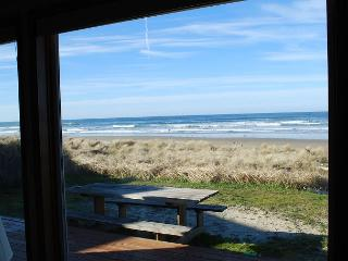 Waldport Oregon Ocean Front home in Sandpiper - Oregon Coast vacation rentals