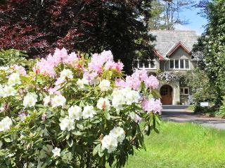 HUNTERS LODGE, family friendly, luxury holiday cottage, with a garden in East Anstey, Ref 8527 - Dulverton vacation rentals