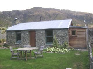 Historic Cottage, Gibbston, Queenstown New Zealand - Gibbston vacation rentals