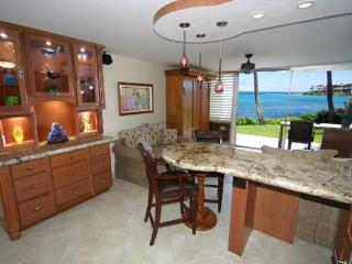 Luxury Oceanfront Napili Shores - The Jewel of Napili! Washer/Dryer - Lahaina vacation rentals