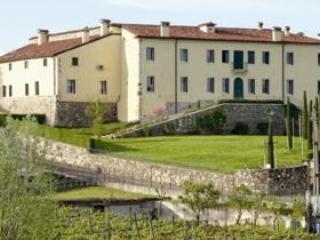 Residence La Mason - Large Apartament - Montebello Vicentino vacation rentals