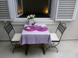 Romantic 1 bedroom Apartment in Korcula Town - Korcula Town vacation rentals