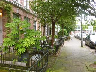 BB10 Amsterdam  DeLuxe Apartment in 1881 Townhouse - Amsterdam vacation rentals