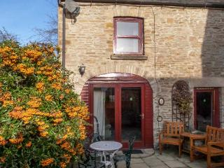 LAVENDER COTTAGE, pet friendly, country holiday cottage, with a garden in - Richmond vacation rentals