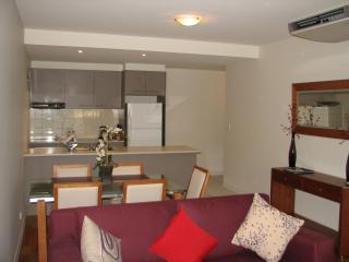 Luxury Escape in Adelaides East End - Adelaide vacation rentals