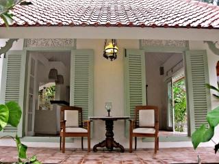 Villa Manis Ubud, Charming and quiet 1BR Villa - Ubud vacation rentals