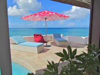 WOW WOW WOW, STUNNING INSIDE AND OUT! VILLA LIBRE` - Saint Martin-Sint Maarten vacation rentals