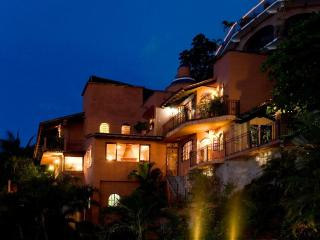 CASA PARAISO:  ROMANTIC VILLA / VIEWS/ NEAR BEACH - Puerto Vallarta vacation rentals