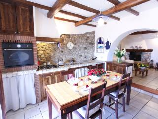 2 bedroom House with Internet Access in Palestrina - Palestrina vacation rentals