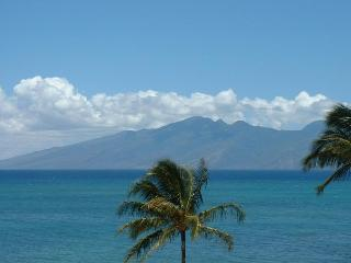Upgraded 2 bedroom ocean view condo Kahana Sunset - Lahaina vacation rentals