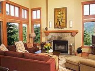 The living room - Taluswood  Whistler ski in ski out - Whistler - rentals