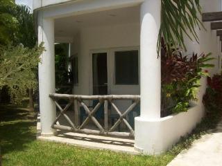 Las Tortugas C1 - Puerto Morelos vacation rentals