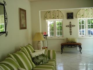 Cozy 2 bedroom Gibbs Condo with Internet Access - Gibbs vacation rentals