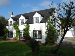 Cozy Bed and Breakfast with Central Heating and Outdoor Dining Area in Portree - Portree vacation rentals