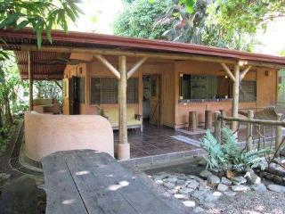 Romantic 1 bedroom Puntarenas House with Hot Tub - Puntarenas vacation rentals