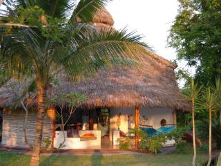 Wantara Beach Camp - pure nature and private beach - Esmeraldas vacation rentals