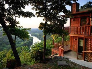 Can U Canoe Cabin 103 - The Fishing Moose - Eureka Springs vacation rentals