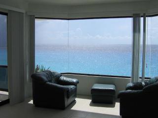 A Spacious Oceanfront Condo, Cozumel, Mexico - Cozumel vacation rentals
