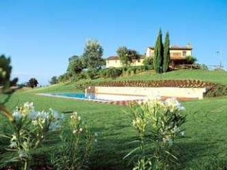 Apartment Rental in Tuscany, Montopoli in Val d'Arno - Fattoria Capponi - Fendi - Montopoli in Val d'Arno vacation rentals