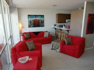Penthouse, Central, Amazing Bay View, Balcony, Sleeps 6 - London vacation rentals