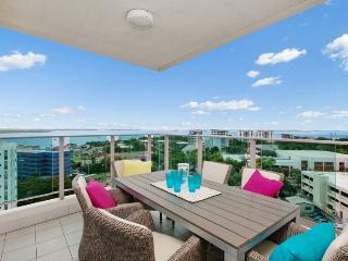 Beachlife Sea Spray  Luxury Condo  Harbour Views - Darwin vacation rentals