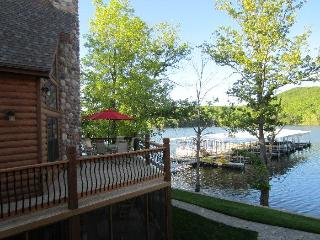 Lakefront Log Chalet~Pool~Dock~Hottub~50ft To Lake - Branson vacation rentals