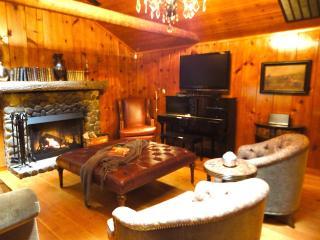 Enchanted Mt Hood Retreat *** Luxury Escape! - Welches vacation rentals